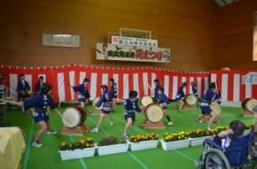 大野小学校児童による太鼓演奏